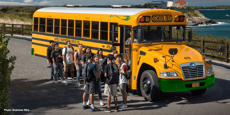 blue-bird-re-electric-bus-elektrobus-school-bus-01